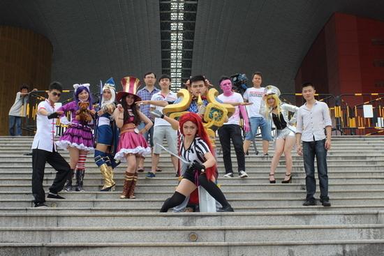 黄昌平神曲《LOL之歌》再掀乐坛流行新势力