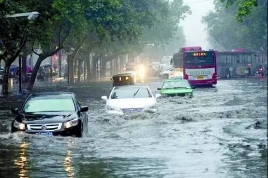 暴雨来袭 您应该知道的22件事www.yh3133.com