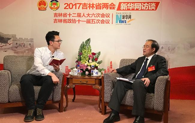 黄燕明接受新华网专访