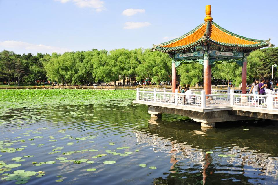 """""""五一""""期間長春南湖公園接待遊客約30萬人次"""