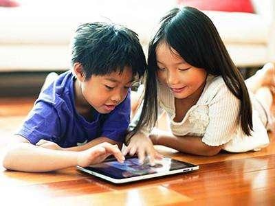 嬰幼兒玩手機或致語言發育遲緩