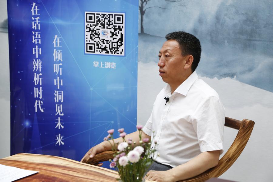 """新華訪談·曹樹清 鎖定""""富裕的慢生活小鎮""""發展目標"""