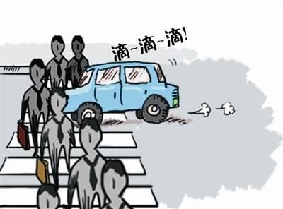 吉林省交警曝光不礼让斑马线车辆
