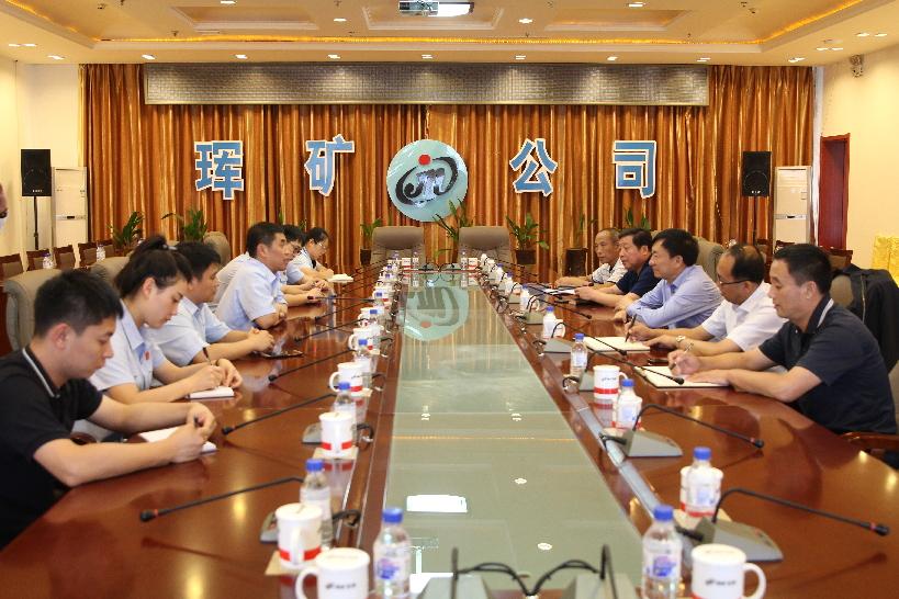 珲春法院走访企业 提升涉外服务水平