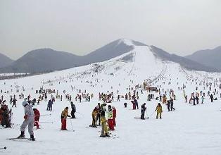 吉林風景——千葉湖滑雪場