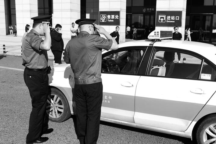 長春市持續打擊出租汽車行業違法違規行為