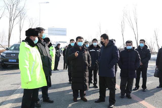 马延峰到莲花山度假区检查防控工作